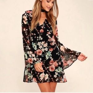 Lulu's floral print choker swing dress NWT